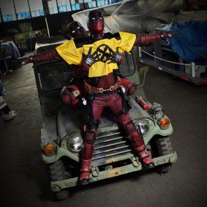 @cosplaywade and @powertripcosplay as Deadpool